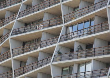 Nishi Apartments, Acton